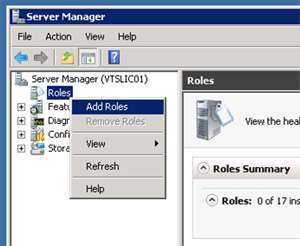 Desde la herramienta administrativa Server Manager, click con el botón derecho sobre Roles, y click en Add Roles