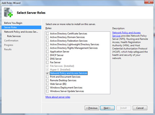 En la pantalla Select Server Roles, seleccionar el Role Network Policy and Access Services, y click Next para continuar.