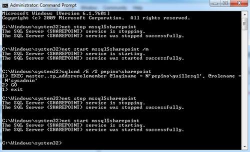 Conforme a lo que hemos comentado anteriormente, deberíamos poder detener la Instancia de SQL Server, iniciar la Instancia de SQL Server en modo Usuario Único, y conectarnos con un usuario que sea administrador local (por ejemplo, utilizando SQLCMD) para ejecutar con éxito nuestro ansiado sp_addsrvrolemember. Y así fue. Luego, volvemos a detener la Instancia, para poder iniciarla en modo normal.
