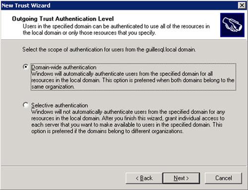 En la pantalla Outgoing Trust Authentication Level, deberemos seleccionar el Nivel de Autenticación deseado para nuestra relación de confianza. En nuestro caso de ejemplo, seleccionaremos la opción Domain-wide authentication. Click Next para continuar.