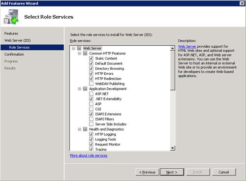 En la pantalla Select Role Services, mantendremos la selección que se nos muestra por defecto. Click Next para continuar.